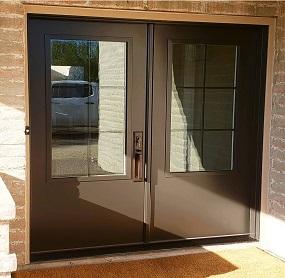 Arizona Window and Door in Scottsdale and Tucson showing double doors with windows