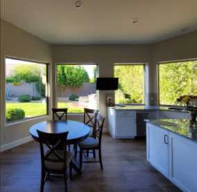Arizona Window and Door in Scottsdale and Tucson showing large windows in kitchen