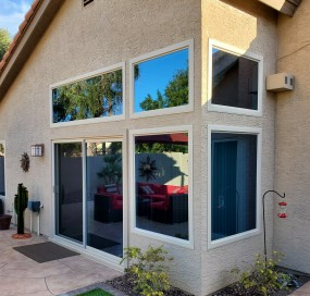 Arizona Window and Door in Scottsdale and Tucson showing large windows of home