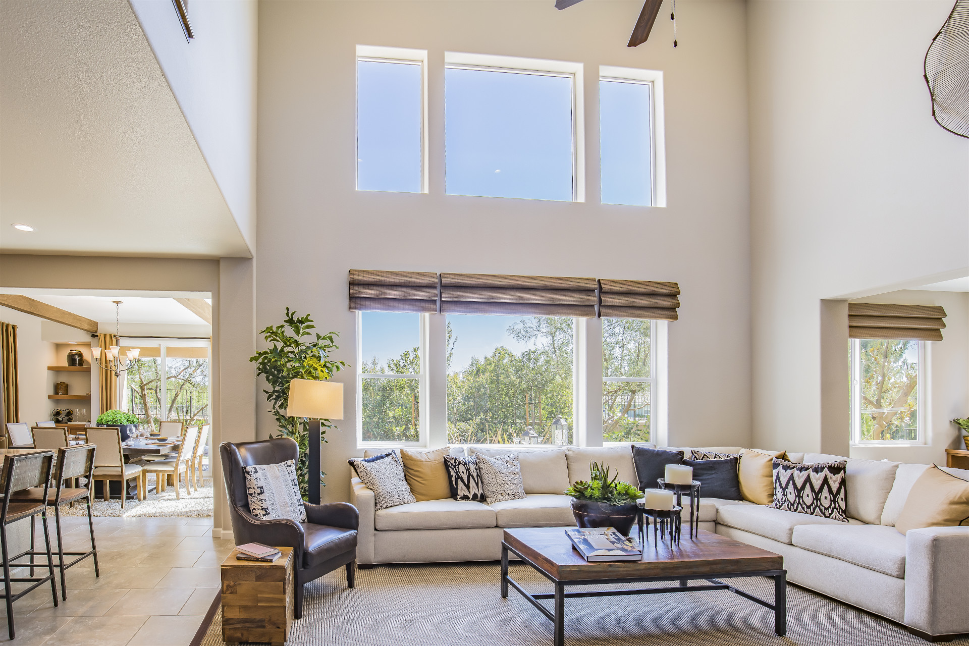 Arizona Window and Door in Scottsdale and Tucson showing large living room with windows